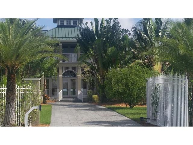 355 Shady Hollow Blvd W, Naples, FL 34120