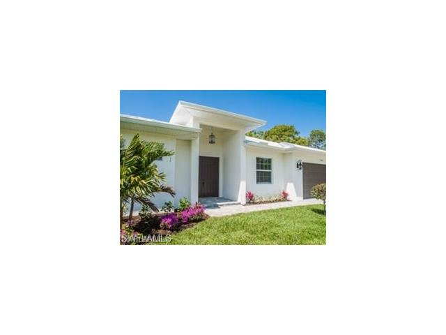 25103 Busy Bee Dr, Bonita Springs, FL 34135