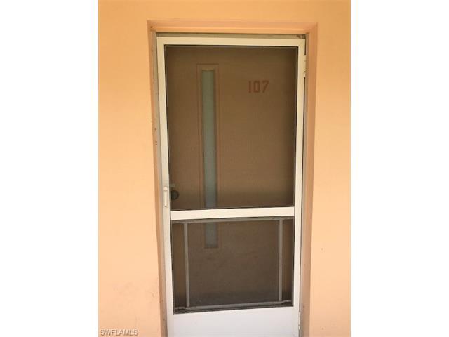 1100 Gulf Shore Blvd N 107, Naples, FL 34102