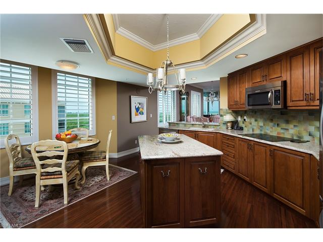 435 Dockside Dr 1001, Naples, FL 34110