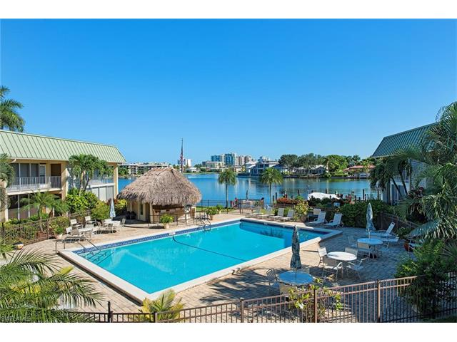 299 Harbour Dr 104, Naples, FL 34103