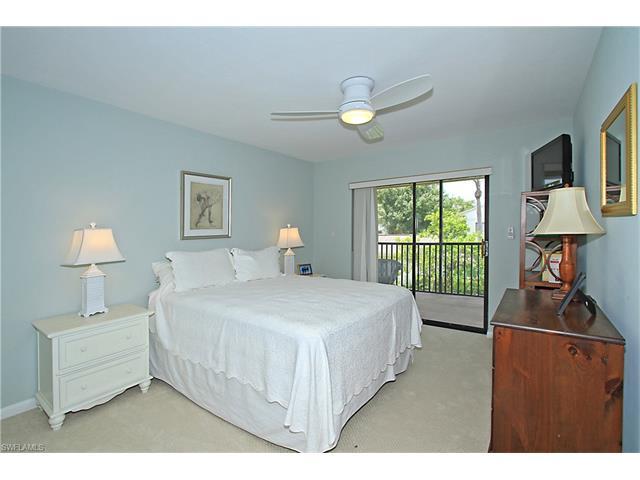 910 Vanderbilt Beach Rd 428e, Naples, FL 34108