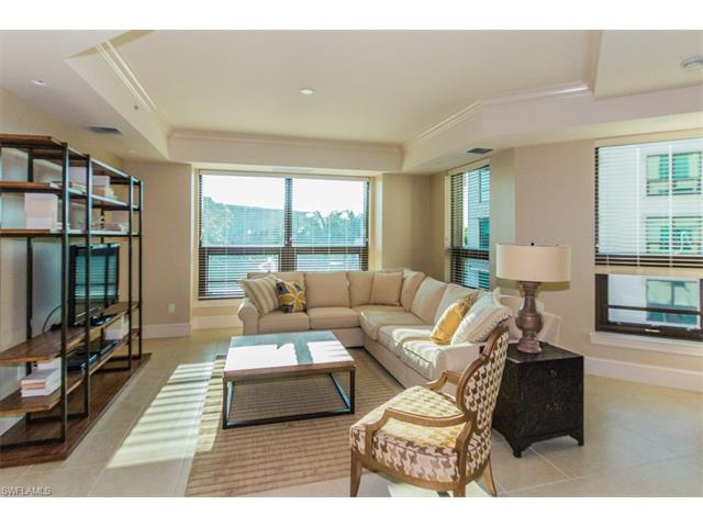 9123 Strada Place 7302, Naples, FL 34018