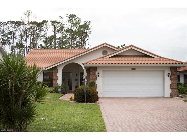 493 Countryside Dr, Naples, FL 34104