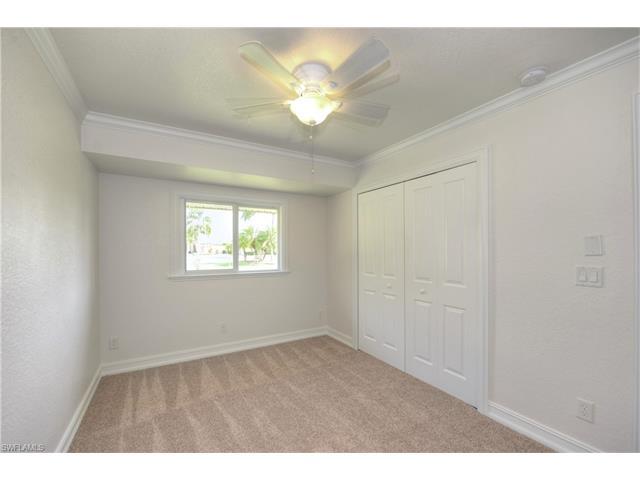 28414 Las Palmas Cir, Bonita Springs, FL 34135
