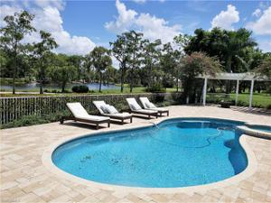 4467 Silver Fox Dr, Naples, FL 34119