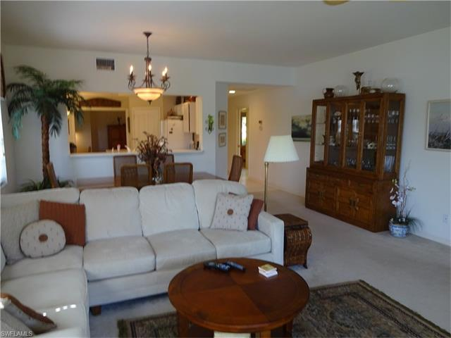 6190 Reserve Cir 302, Naples, FL 34119