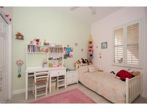 3411 Sandpiper Way, Naples, FL 34109