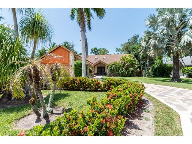 2291 Queens Way, Naples, FL 34112