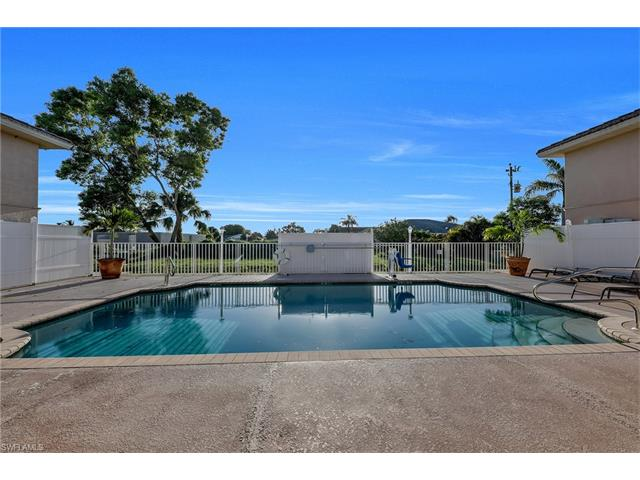 4520 Skyline Blvd 209, Cape Coral, FL 33914