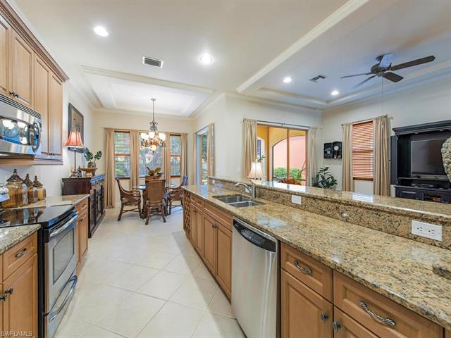5801 Mango Cir 5801, Naples, FL 34110