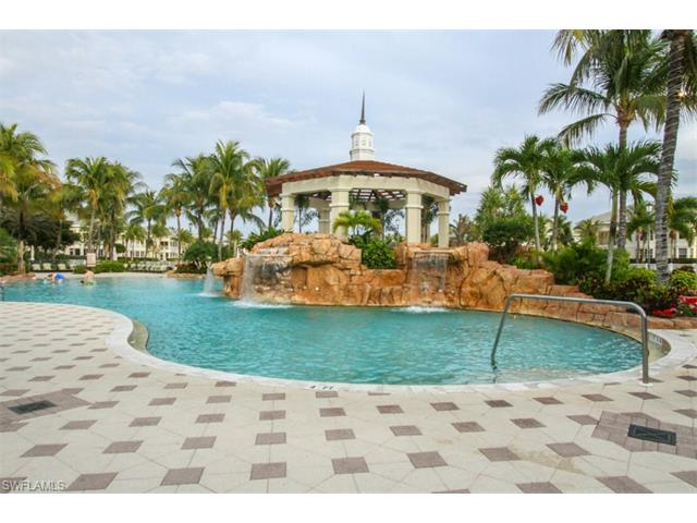 265 Indies Way 605, Naples, FL 34110
