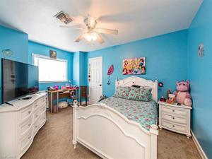 8295 Robin Rd, Fort Myers, FL 33967