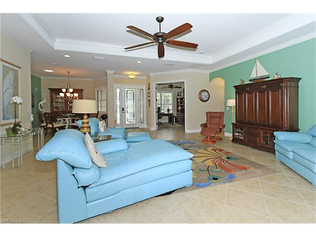 3807 Treasure Cove Cir, Naples, FL 34114