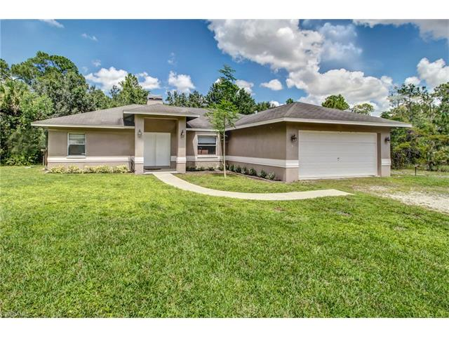 99 16th Ave Ne, Naples, FL 34120