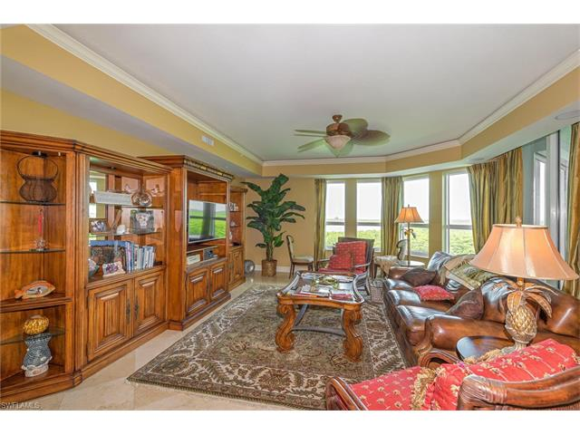 285 Grande Way 606, Naples, FL 34110