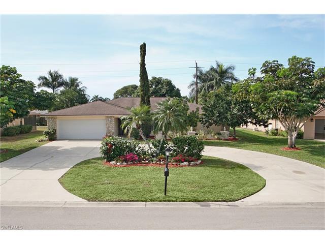 2177 Kings Lake Blvd, Naples, FL 34112