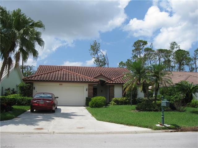 505 Countryside Dr, Naples, FL 34104