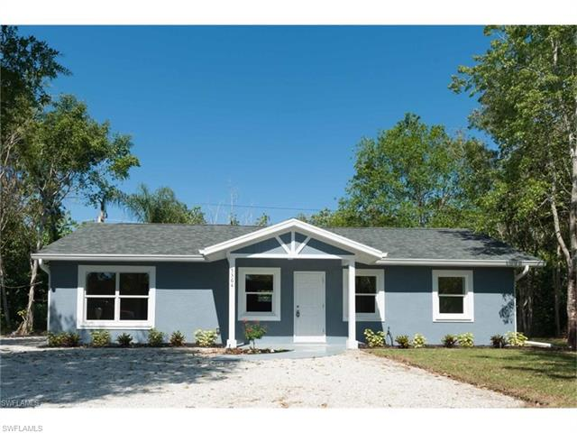 5364 Avenue C, Bokeelia, FL 33922