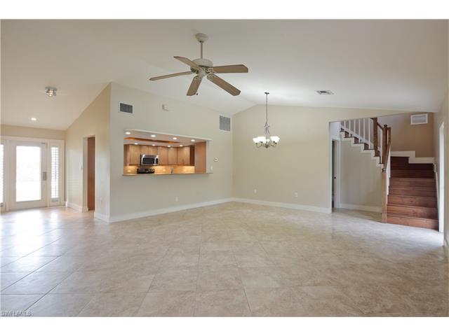 1735 Forest Lakes Blvd, Naples, FL 34105