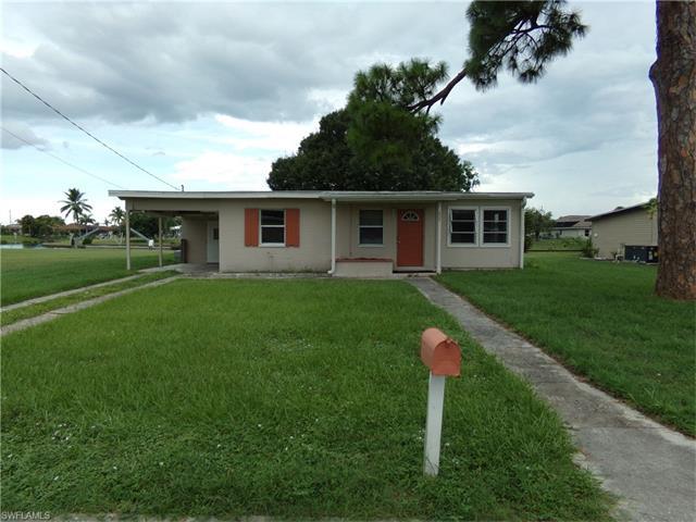 227 Waterway Cir Ne, Port Charlotte, FL 33952