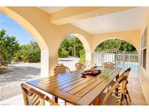 13550 Palmflower Ln, Captiva, FL 33924