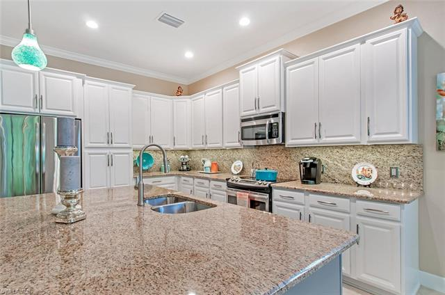 9243 Isla Bella Cir, Bonita Springs, FL 34135