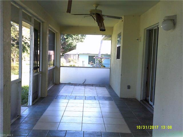 10096 Sunshine Dr, Bonita Springs, FL 34135