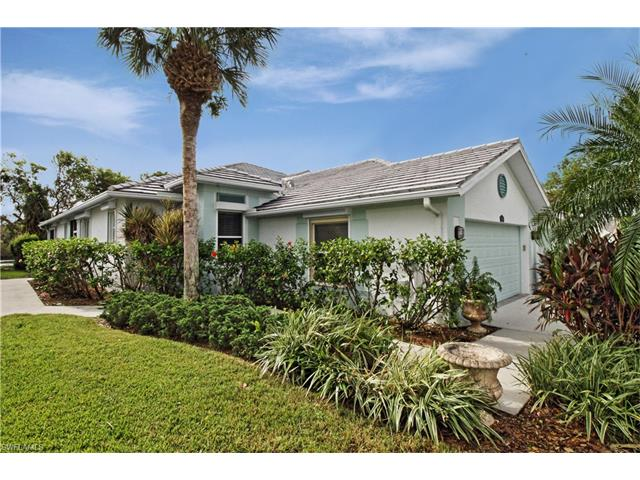 696 Mainsail Pl, Naples, FL 34110