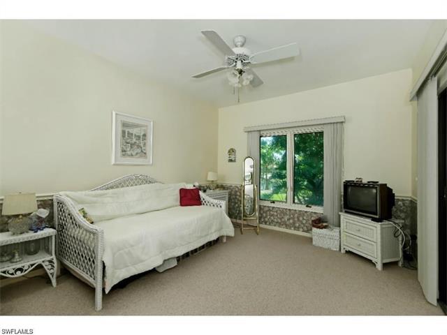 12823 Valewood Dr, Naples, FL 34119