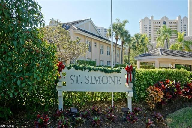 5637 Turtle Bay Dr Ii-20, Naples, FL 34108