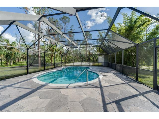 4226 5th Ave Sw, Naples, FL 34119