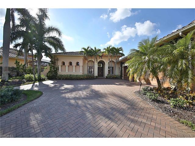 2705 Olde Cypress Dr, Naples, FL 34119