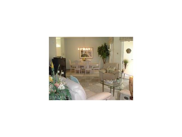 700 Lambiance Cir 203, Naples, FL 34108