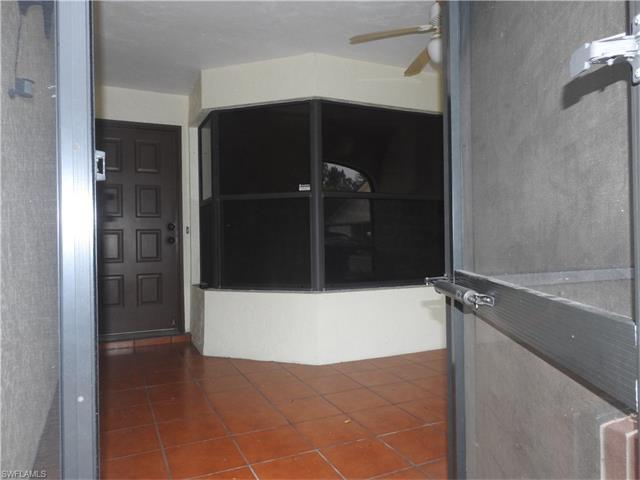 3305 Erick Lake Dr 703, Naples, FL 34109