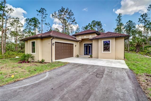4561 12th St Ne, Naples, FL 34120