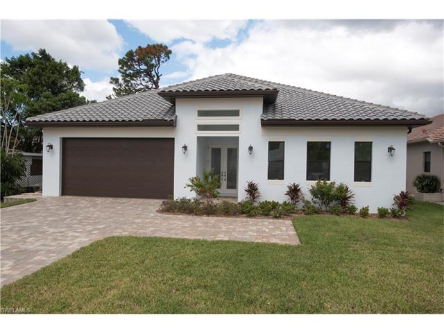 833 105 Ave N, Naples, FL 34108