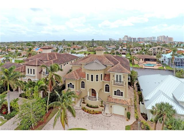 464 Willet Ave, Naples, FL 34108