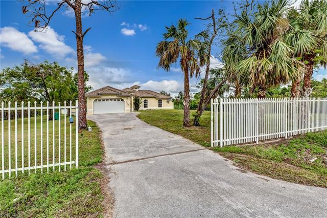 3765 22nd Ave Se, Naples, FL 34117