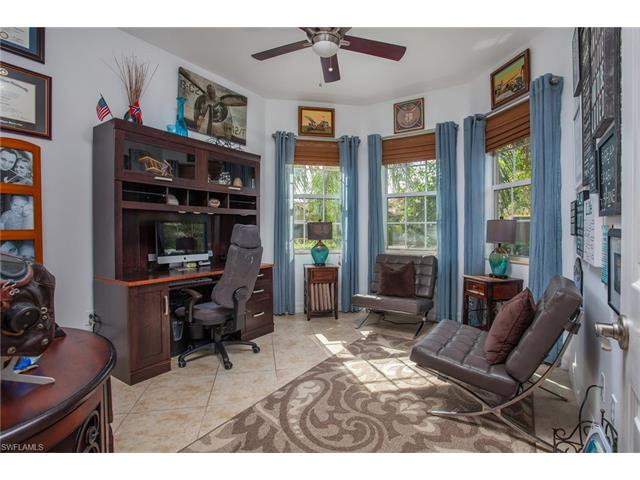 6717 Marbella Ln, Naples, FL 34105