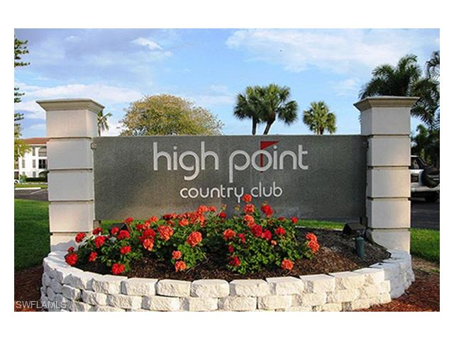 17 High Point Cir N 106, Naples, FL 34103