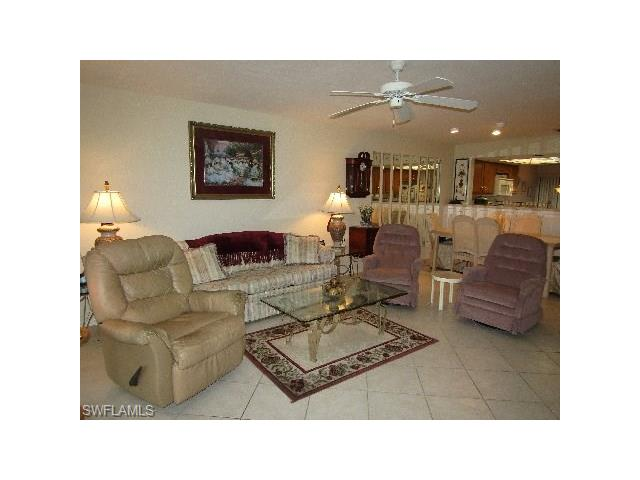 5288 Fox Hollow Dr 605, Naples, FL 34104