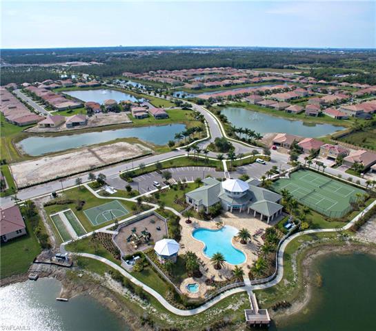 3196 Royal Gardens Ave, Fort Myers, FL 33916