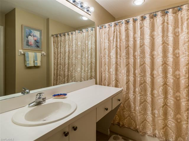 1326 Mainsail Dr 1114, Naples, FL 34114