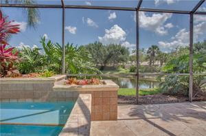 9125 Troon Lakes Dr, Naples, FL 34109