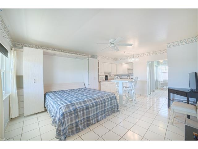 190 Collier Blvd M8, Marco Island, FL 34145