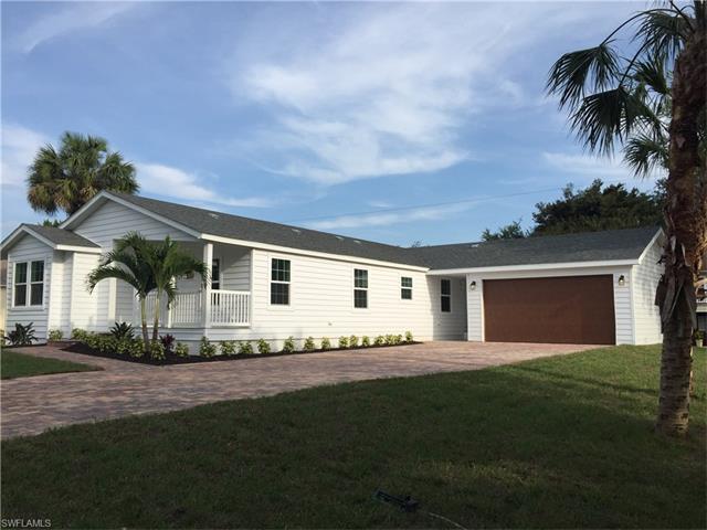 4671 Villa Capri Ln, Bonita Springs, FL 34134