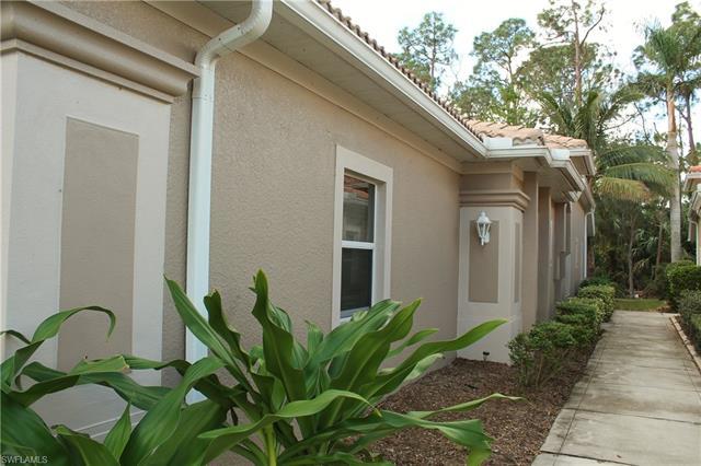 8192 Sanctuary Dr 86-2, Naples, FL 34104