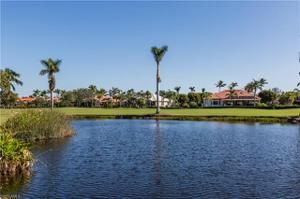 4800 Yacht Harbor Dr 822, Naples, FL 34112