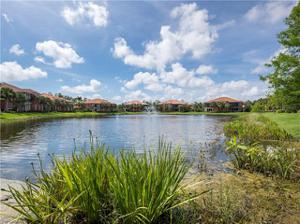 6433 Legacy Cir 1303, Naples, FL 34113
